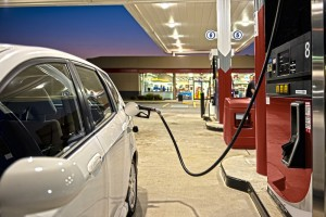 refueling-automobile - Convenience Store Business Plan